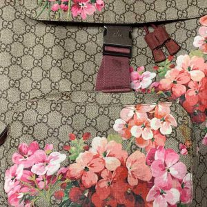 Gucci-Backpack-with-Flowers